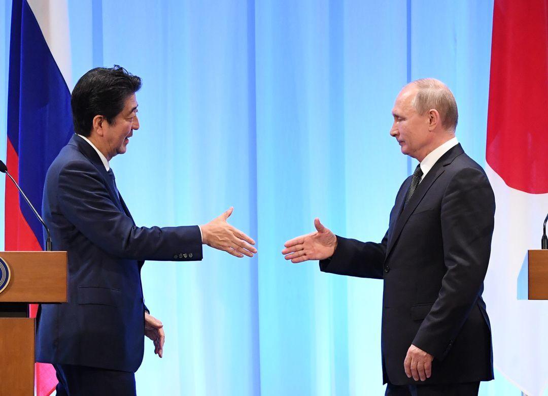 売られた喧嘩を買わない日本外交の不可解 北方領土交渉が進まない根本原因