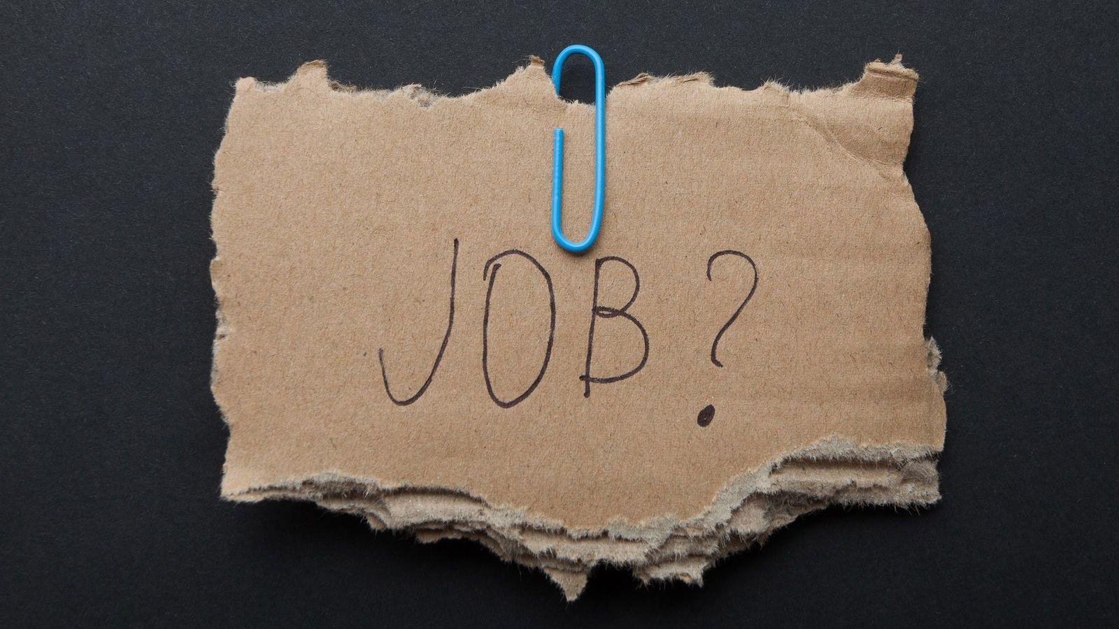 """ついに社会問題になりつつある「AI失業」の中身 """"働き方改革""""の名のもとで続々導入"""
