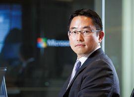 通産省から米マイクロソフトへ、世界で活躍する日本人