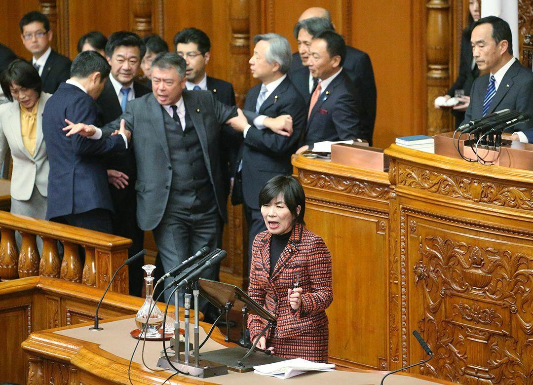 安倍政権の横暴をアシストする野党の無能 「桜田、片山シフト」は戦略ミス