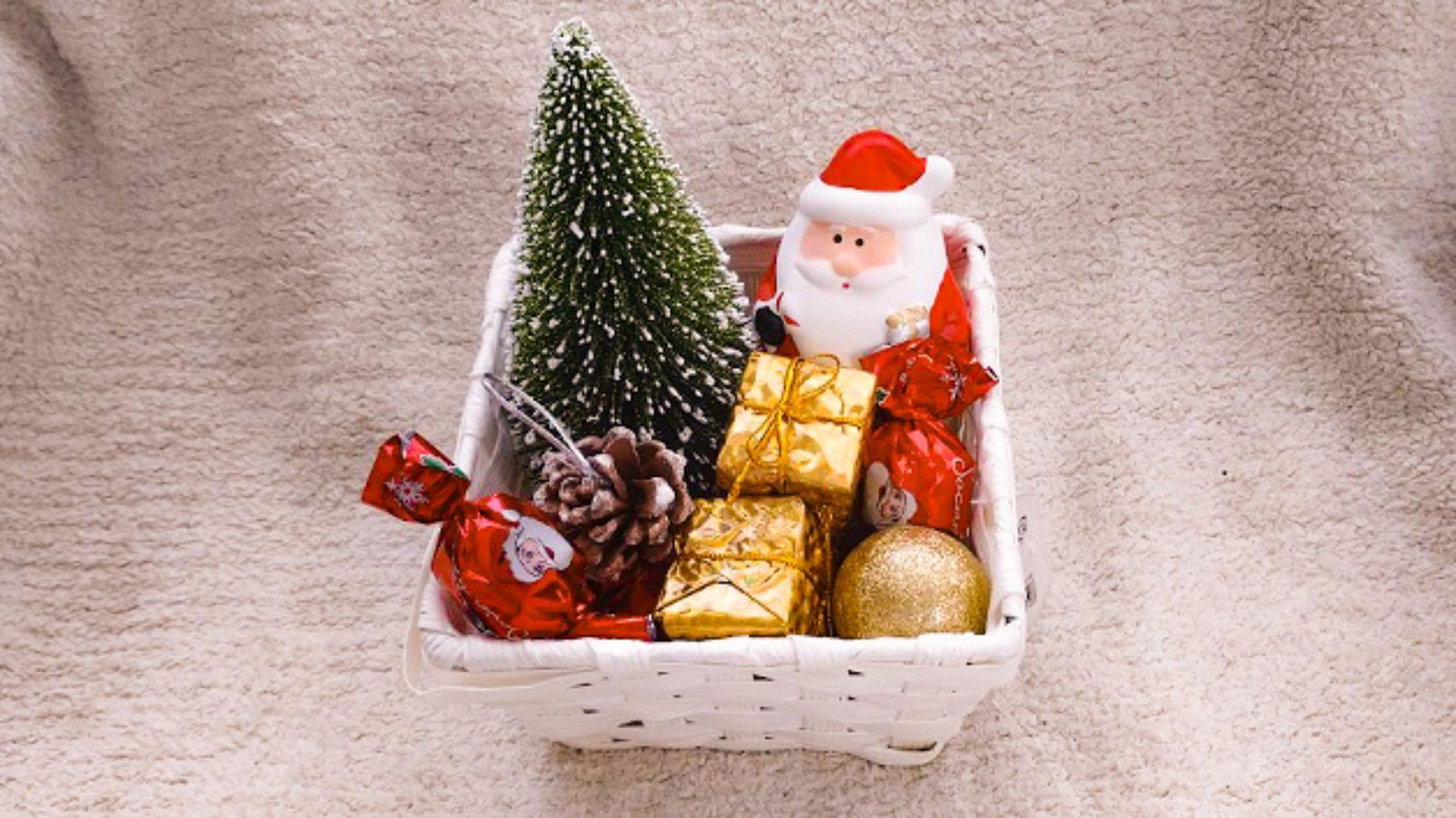 クリスマス前に「100均」で買うべき便利グッズ ひと冬だけ楽しみ、すっきり処分