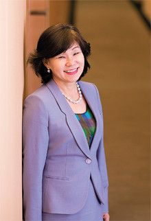 <strong>ベルリッツインターナショナルCEO ベネッセコーポレーション副会長 内永ゆか子</strong>●1947年、香川県生まれ。東京大学理学部卒業後、日本IBM入社。2007年、専務取締役を退任。同年よりNPO法人J-Win理事長。08年4月より現職。ベネッセコーポレーション副会長を兼務。著書に『部下を好きになってください』がある。