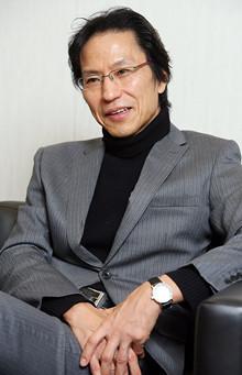 「どのような仕事の工夫をしてきたのか」率直に聞いてみる<br><strong>東京大学大学院情報学環教授 姜尚中</strong>●1950年生まれ。著書の『悩む力』が幅広い年齢層からの反響を集め、65万部を超える大ベストセラーとなっている。