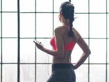 できる女は背中で語る 体幹トレーニング【24】