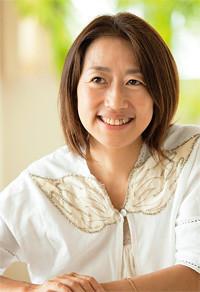 <strong>サステナ代表 マエキタミヤコ</strong>●1963年生まれ。大手広告代理店勤務中の97年よりNGOの広告に取り組み、2002年に「サステナ」を設立。おもな著書に『エコシフト』など。