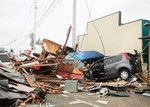 巨大津波で家屋ごと保険証券が流された人も多いと想定される。(PANA=写真)