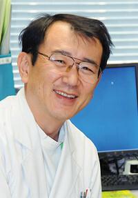 <strong>NTT東日本関東病院皮膚科部長 五十嵐敦之</strong>「目に見える効果があると患者さんの治療意欲が増します」