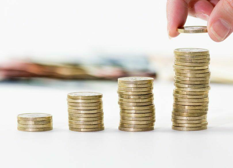 """新型""""つみたてNISA""""に向いている人の特徴 非課税期間は20年と長期"""