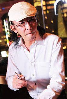 <strong>天野雅博</strong>●総合プロデューサー<br>1967年、北海道生まれ。「居酒屋革命グループ」(野間和久社長)の総合プロデューサー。経営の核心となる焼酎・タバコ無料の企画で銀座を含め6店が営業中。仙台市にも進出予定で、年内50店を目指す。著書に『貧乏は完治する病気』。