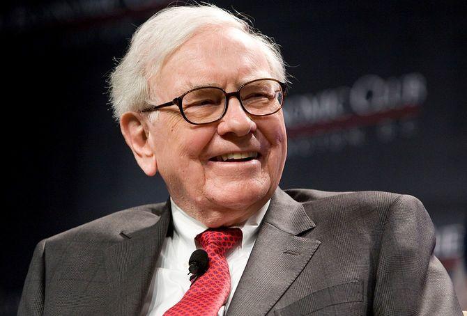 2012年6月5日、バークシャー・ハザウェイのウォーレン・バフェット会長兼CEOは、ワシントン経済クラブの25周年記念ディナーに参加。