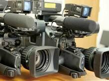 なぜテレビ局は利益率が低くても、社員の給料が1300万円超なのか?