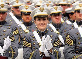 米企業が欲しがる将校クラスの軍人