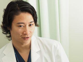 乳がん患者のために、美しく自然な胸を