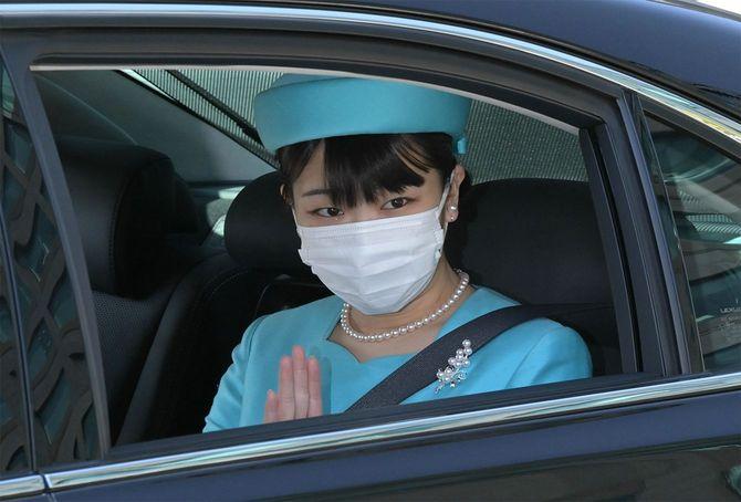 「歌会始の儀」のため、皇居に向かわれる秋篠宮家の長女眞子さま