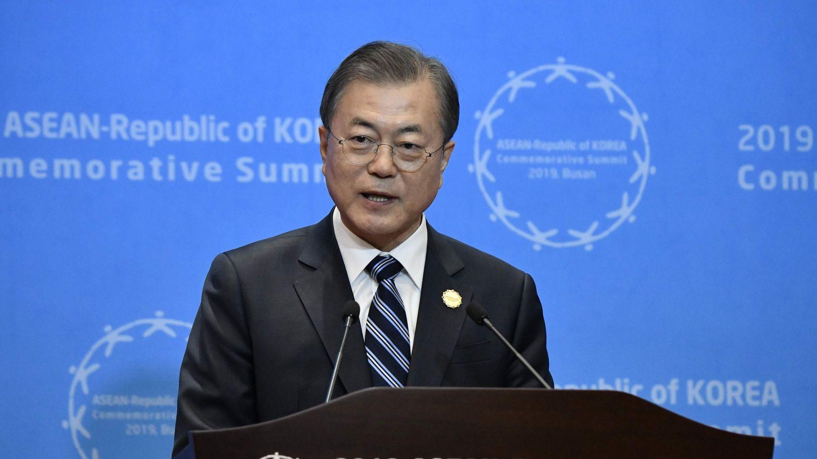 """""""絶体絶命""""韓国経済に止めを刺す文在寅の思惑 世論の分断が深刻化するばかり"""