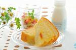 「クールサマーブレッド」は9月末までの販売。朝食にヨーグルトと一緒に、と食べ方も提案している。