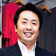 <strong>ユニクロ銀座店店長・松本晃明</strong>●1972年生まれ。95年ファーストリテイリング入社。スーパーパイザー等を経て2007年より現職。