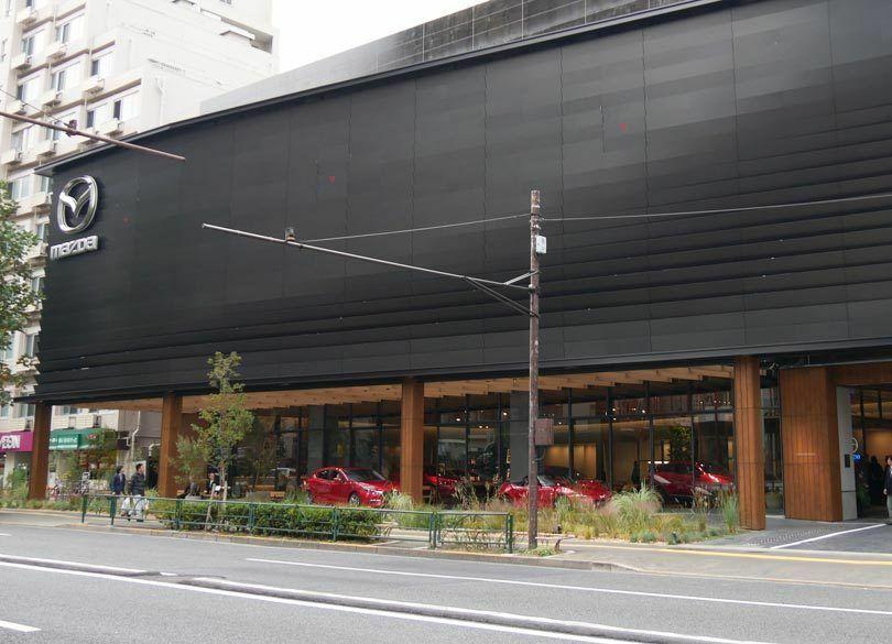 マツダ「新世代店舗」でブランド再構築できるか