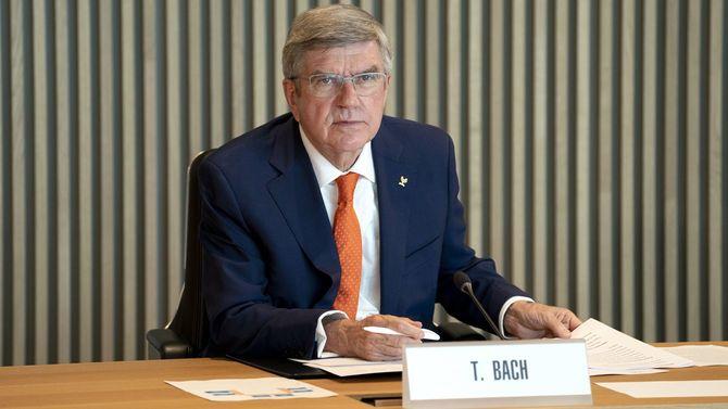 国際オリンピック委員会(IOC)の理事会に臨むトーマス・バッハ会長=2021年4月21日、スイス・ローザンヌ[IOC提供]