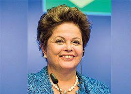 ブラジル大統領 ジルマ・ルセフ -去就を決めるのは「サッカーの神様」?