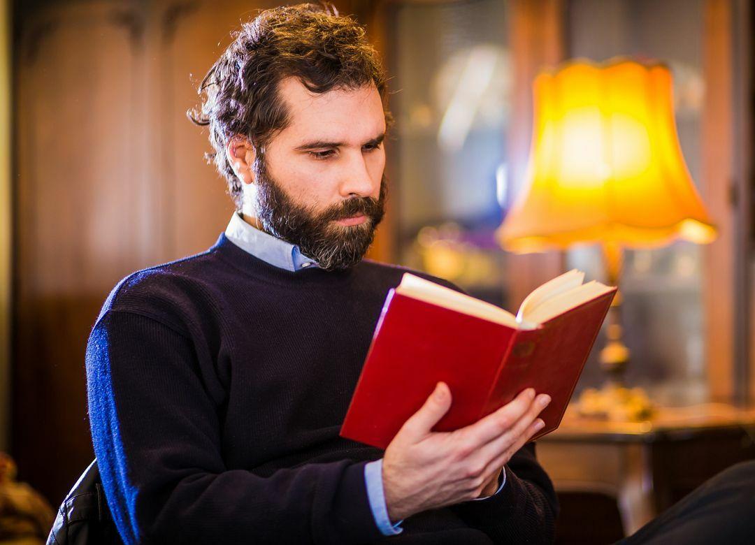 """セミナーより安くて早い""""実践読書""""の方法 まずは最低3冊の関連書を読み込む"""
