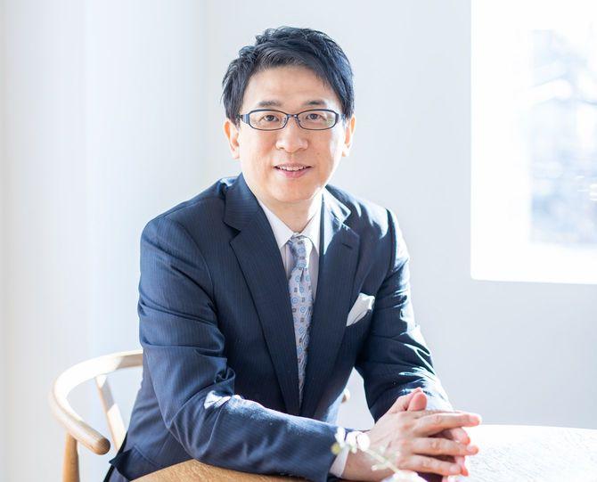 明治大学教授の齋藤孝さん