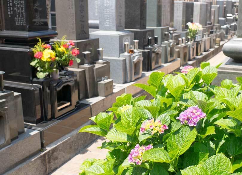 お墓の「永代使用権」が永遠ではない理由 「所有権」と「使用権」の違いとは