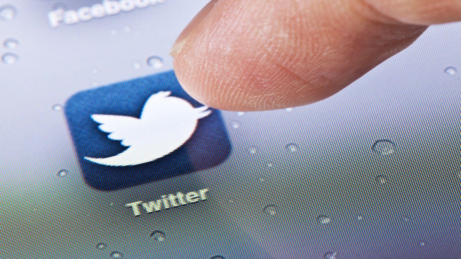 """ツイッター創業者が""""批判に動じない""""理由 広告収入に依存するネットの未来"""