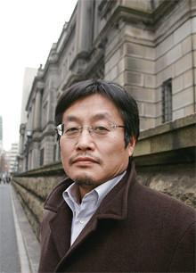 <strong>浪川 攻●なみかわ・おさむ</strong>1955年、東京都生まれ。上智大学卒業後、電機メーカーを経て、金融専門誌、証券業界紙などで記者として活躍。月刊誌「Voice」の編集・記者を経て、現在、東洋経済新報社の契約記者。ペンネームでの作品も含め、著書多数。他に『金融自壊』など。