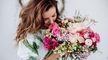 衝撃のデータ「アラフォー以上は独身より既婚女性の方が熱心に恋愛している」