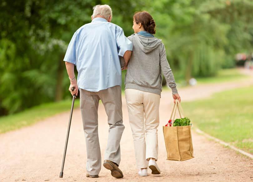なぜ高齢者事故の8割が自宅で起きるのか 元気だと思っている親ほど危ない