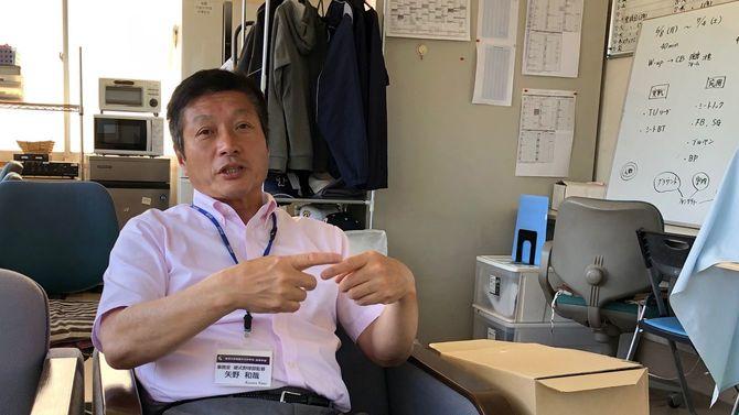 東洋大付属牛久高校硬式野球部の監督、矢野矢野和哉さん(58歳)。かつて東京ヤクルトスワローズの投手だった