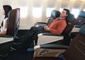 トルコ航空のプレミアムエコノミーのシート。機内の快適さは出張先でのパフォーマンスにも影響。