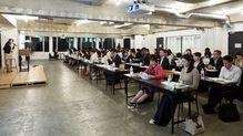どうすれば女性管理職は増えるのか?