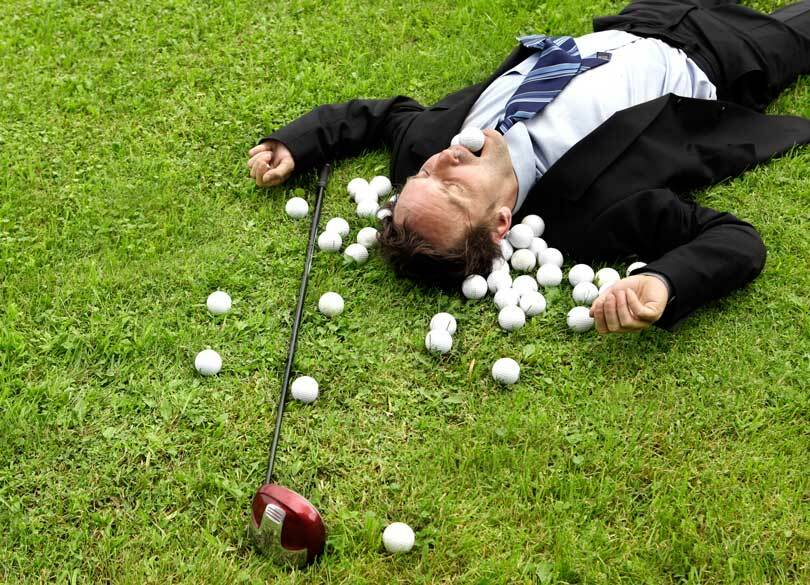 """""""平日は居酒屋、休日はゴルフ男""""の末路 会社に尽くす「いい人」は損をする"""