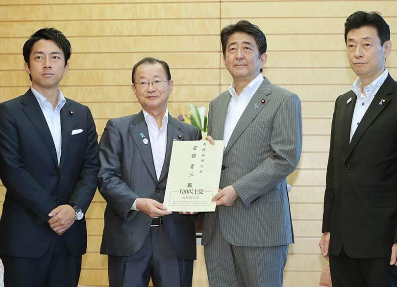 """安倍3選で""""小泉大臣""""がウワサされるワケ 首相支援を表明しなければ冷遇確定"""