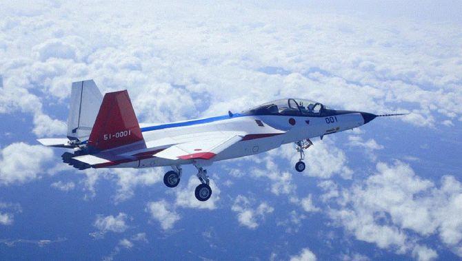 最新の戦闘機技術を盛り込んだ先進技術実証機「X2」