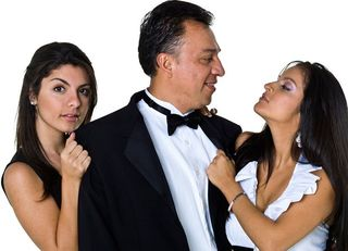 なぜ、中年男が若い女性にモテるのか