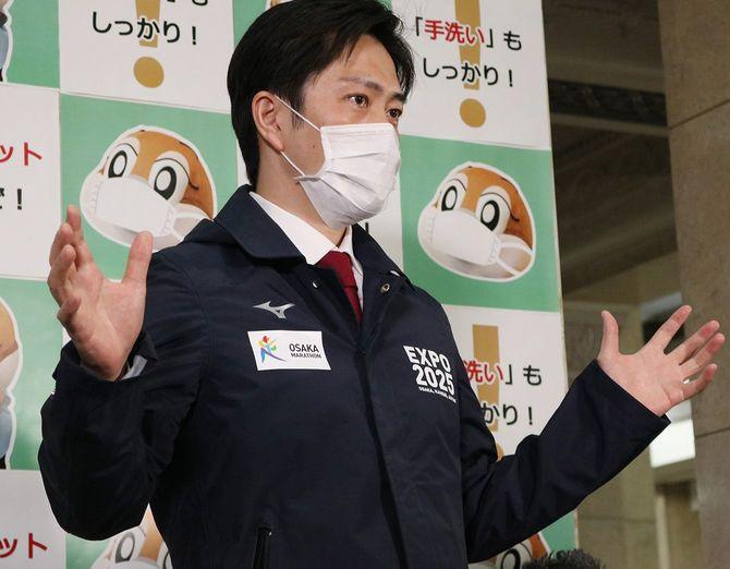 緊急事態宣言発令時の大阪府の対応を説明する吉村洋文知事
