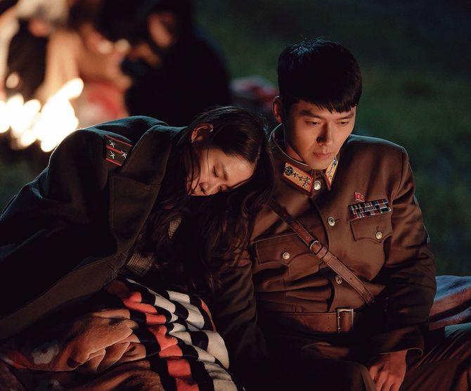 韓国の人気テレビドラマ『愛の不時着』は、日本でもNetflixで2020年2月から配信され、人気を博した。