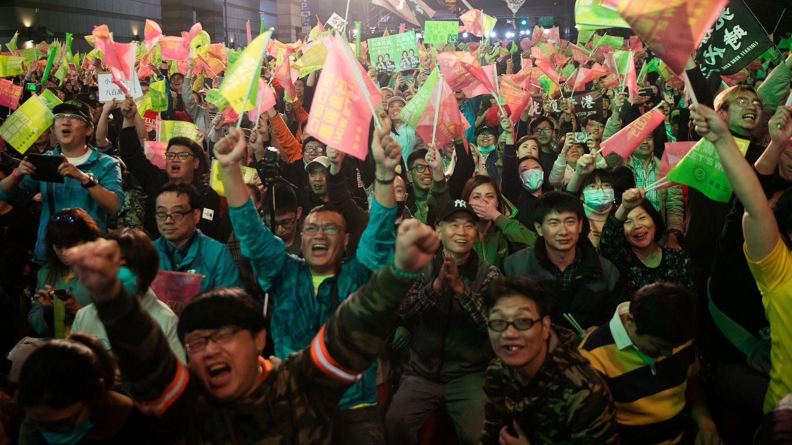 台湾人がもどかしく見る日本の「コウモリ外交」 習近平を「国賓待遇」している場合か