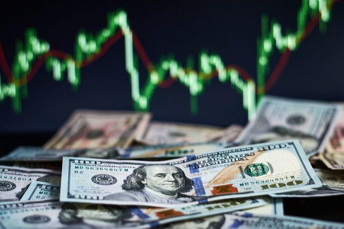 為替レートと米ドル札
