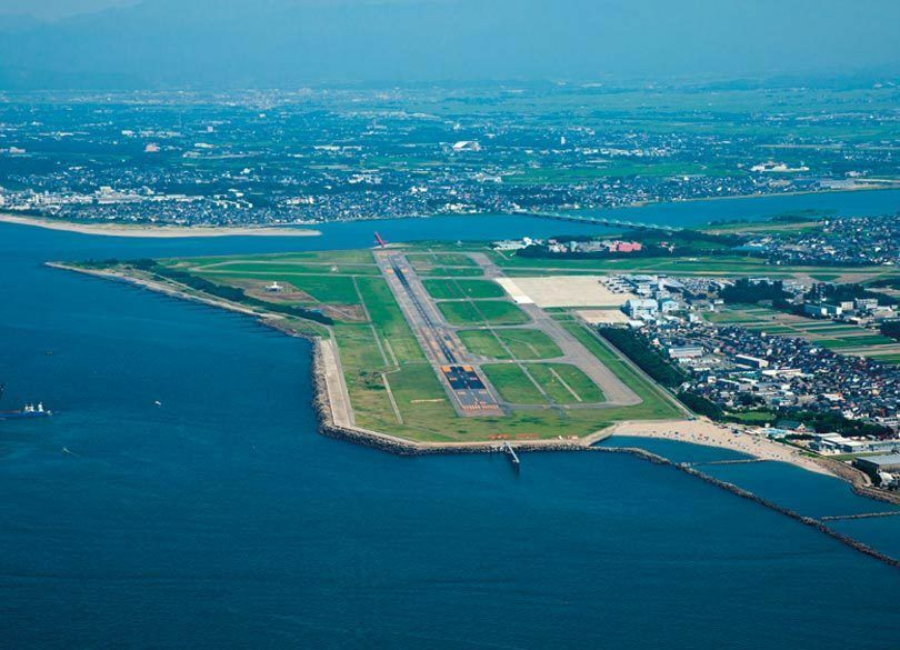 迷走50年、日本の空港「非効率の極み」