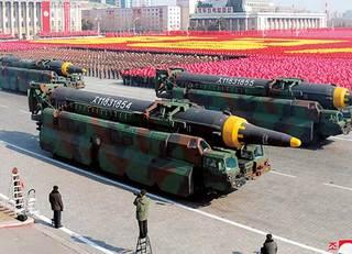 北朝鮮の脅威に丸腰で専守防衛を唱える愚