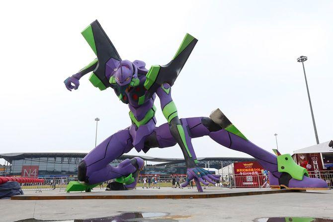 エヴァンゲリオン初号機の巨大像