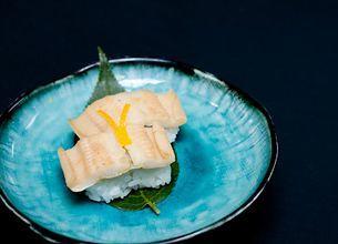 外食不況でも回転寿司が急増する理由