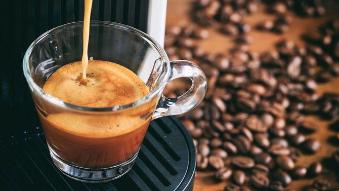 エスプレッソコーヒーとマシン