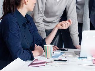 女性が活躍できる会社は「WLB」で見抜け