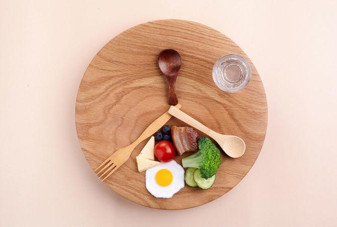 プチ断食の時間帯のあるダイエット
