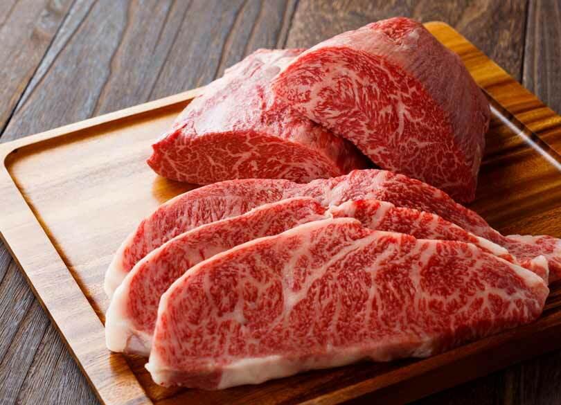 """富裕層が""""月100万円分""""の肉を食べる理由 食事は長寿と美容のための""""ノルマ"""""""
